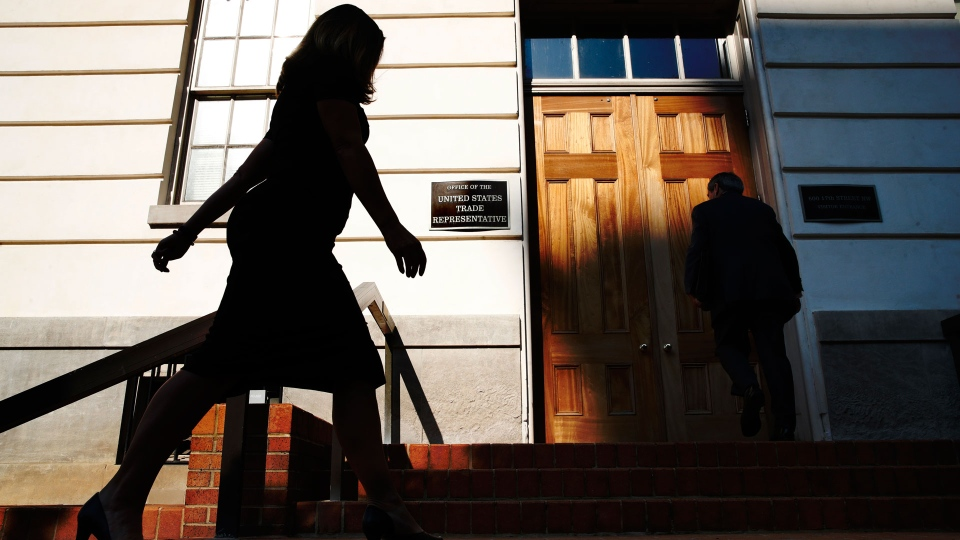 Canada's Foreign Affairs Minister Chrystia Freeland, left, arrives at the Office of the United States Trade Representative for talks on trade, Wednesday, Aug. 29, 2018, in Washington. (AP Photo/Jacquelyn Martin)