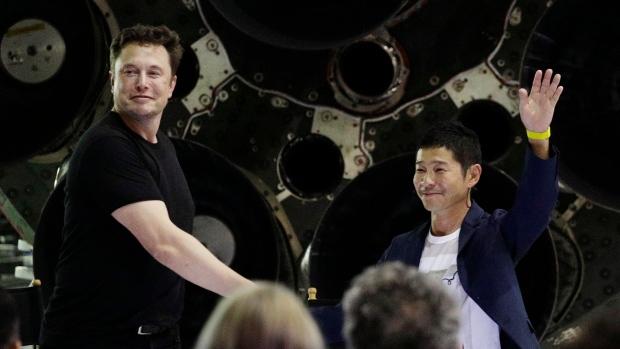 SpaceX, Yusaku Maezawa