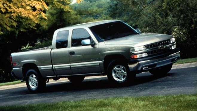 A grey 2006, Chevrolet Silverado pick-up truck is pictured in this image released by Ontario Provincial police Thursday November 08, 2018. (Handout /OPP)