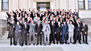 Most of a group of sixty high school juniors from Baraboo, Wisconsin, appear to be raising their arms in a Nazi salute in a photo taken in May 2018. (@jules_su/Twitter)