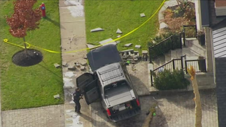 Police respond after a vehicle went into a home on Garryoaks Drive in Brampton Wednesday November 14, 2018.