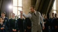 """This image released by Warner Bros. Pictures shows Jude Law in a scene from """"Fantastic Beasts: The Crimes of Grindelwald."""" (Warner Bros. Pictures via AP)"""