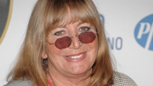 Actress and director Penny Marshall arrives at the 16th Annual Race to Erase MS Gala in Los Angeles, Calif. on Friday, May 8, 2009. (AP Photo/Dan Steinberg)