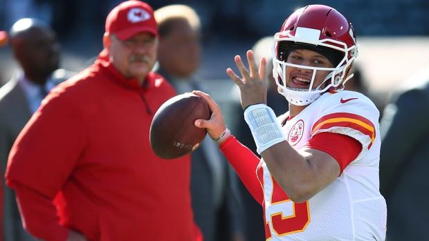 Chiefs aim to rewrite playoff history vs nemesis Colts
