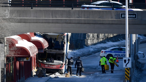 Transport Canada, Ottawa, bus, crash
