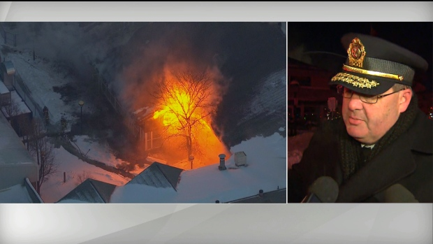 """Crews battling massive 4-alarm fire at Agincourt Recreation Centre""的图片搜索结果"