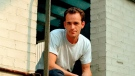 "FILE - In this June 29, 2001 file photo, actor Luke Perry poses during an interview in New York. A publicist for Perry says the ""Riverdale"" and ""Beverly Hills, 90210"" star has died. He was 52. Publicist Arnold Robinson said that Perry died Monday, March 4, 2019, after suffering a massive stroke. (AP Photo/Leslie Hassler, File)"