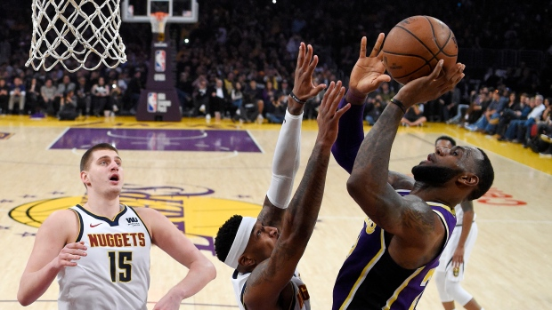 LeBron James Makes Another Blunder As Lakers' Slide Continues