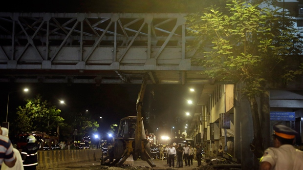 'Kasab bridge' in south Mumbai collapses; 5 dead, 29 injured