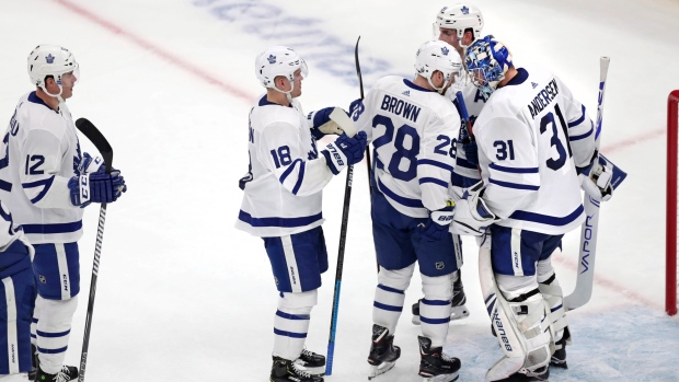 Matthews, Johnsson help Leafs take 2-1 series lead over Bruins