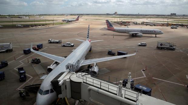 US  halts flights to Venezuela, citing security concerns