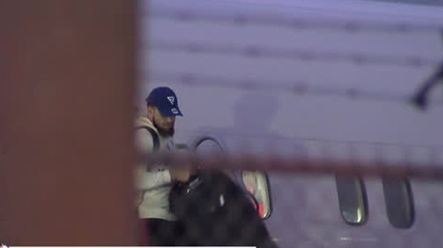 Fred VanVleet disembarks his plane at Pearson on June 15. (CP24)