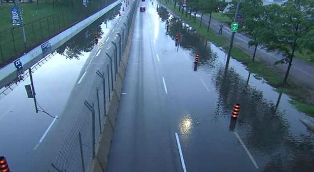 Heavy flooding blocks multiple lanes on Lake Shore Boulevard