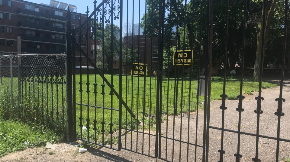 A vacant lot on Sherbourne Street near Dundas Street is pictured. The lot is part of a parcel of land that anti-poverty activists would like to see expropriated in order to build affordable housing. (Brandon Rowe /CTV News Toronto)