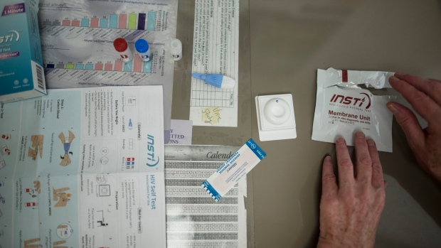 Canadian researchers launch study on HIV self-testing kits | CP24 com