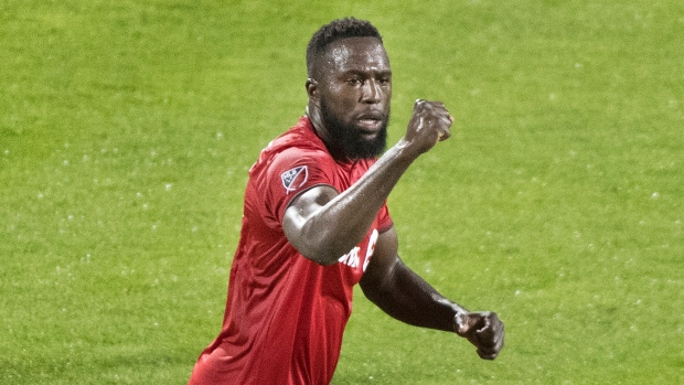 Jozy Altidore scored in the 90th minute to give Toronto FC a 2-2 draw with the Columbus Crew on Saturday night. (File photo/THE CANADIAN PRESS/Graham Hughes)