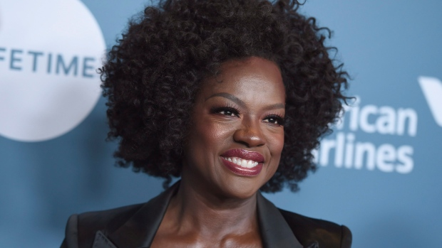 Viola Davis to Play Michelle Obama in Showtime Series First Ladies