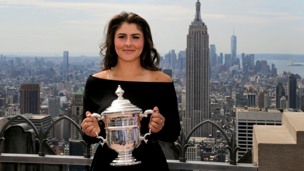 Andreescu talks post-win whirlwind, calls out Drake on Tonight Show
