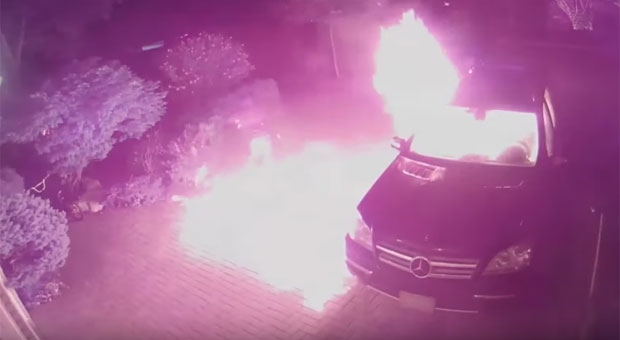 Police release security video of suspects lighting vehicle on fire in Markham driveway