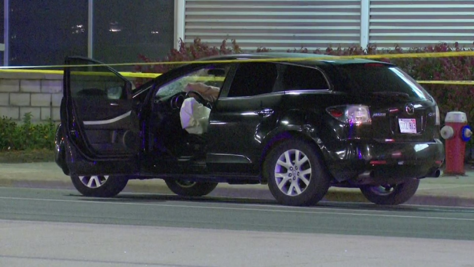A pedestrian died in hospital after being struck by a vehicle in Brampton. (David Ritchie)