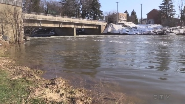 City of Hamilton defends decision to keep massive sewage spill secret