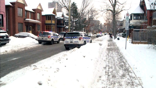 1 dead, 3 injured in 'targeted shooting' in downtown Ottawa