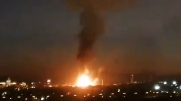 Chemical alert issued after massive explosion in Tarragona, Spain