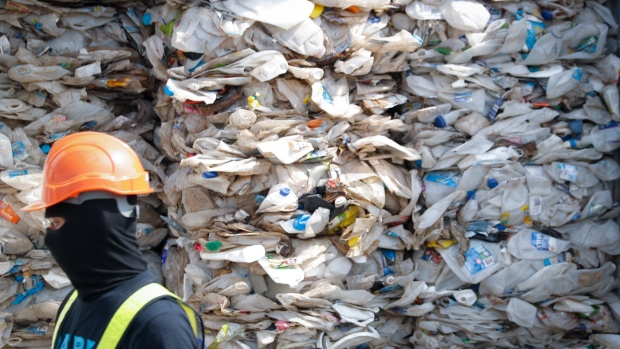 Malaysia Sends Back Trash From Rich Countries
