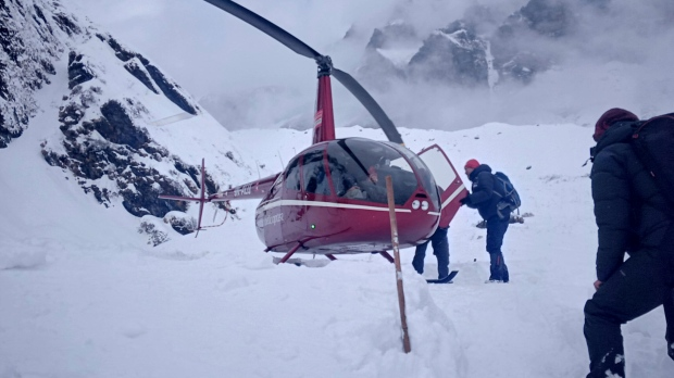 Nepal rescuers search for seven after avalanche hit hiking trail