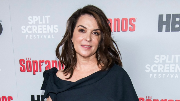 Annabella Sciorra recounts alleged Harvey Weinstein rape ordeal in court
