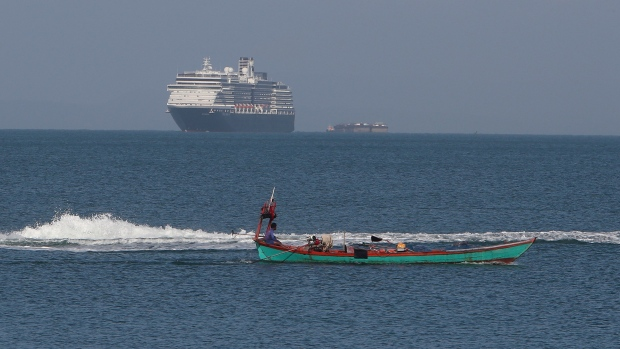 World Health Organization  thanks Cambodia for allowing stranded cruise ship to dock