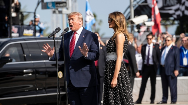 Trump Revs Up Friendly Crowd at Daytona International Speedway