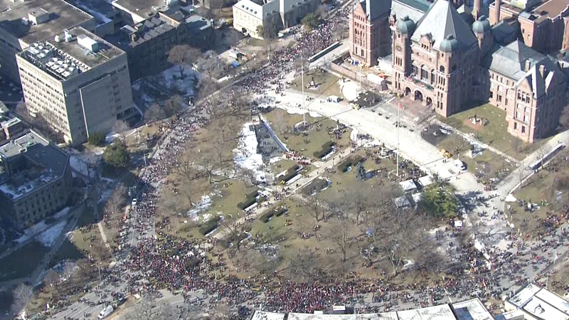 Teachers strike outside Ont. legislature building