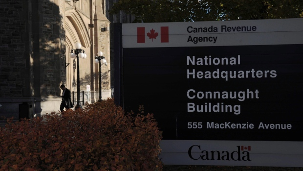 Canada to cover up to 75 percent of salaries for businesses