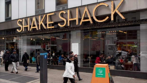 NYPD investigates possible poisoning of three officers at Shake Shack