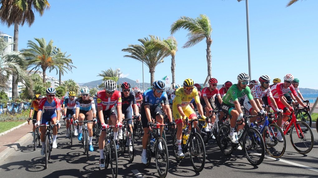 Already Missing Riders Tour De France Tackles Tough Stage 2 Cp24 Com