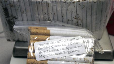 Researchers find Ont  teens buying more black market cigarettes