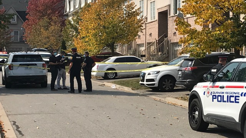 Police are seen in Pickering after a man was shot on Sept. 25, 2020. (Ron Dhaliwal/CTV News Toronto)