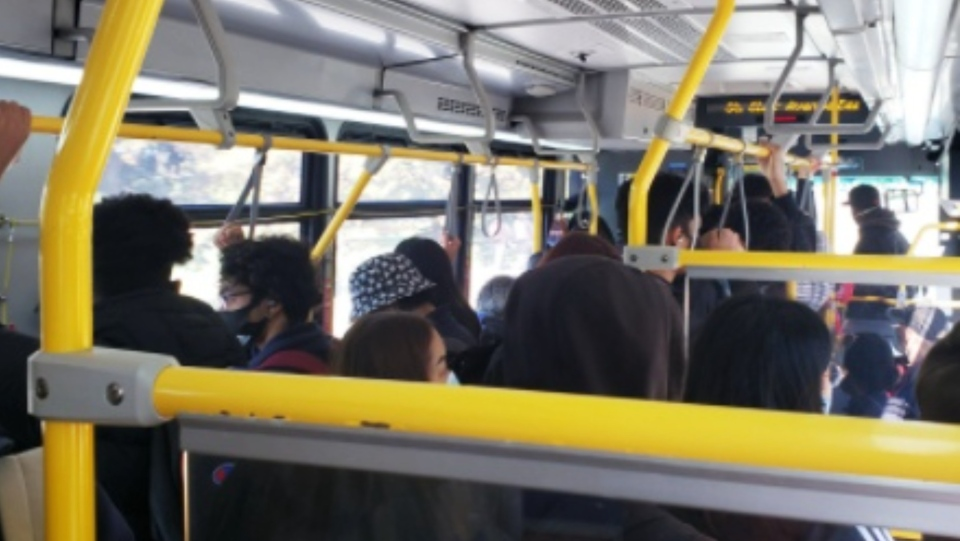 This photo of a packed TTC bus was posted to Twitter on Oct. 13. (Twitter / @biaginger)