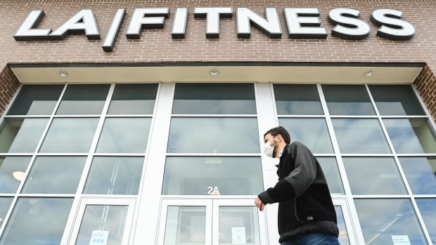 LA Fitness,