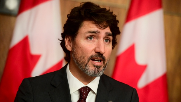 Trudeau resumes briefings from home as COVID-19 cases soar across Canada
