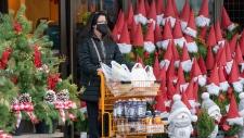 shoppers, Toronto
