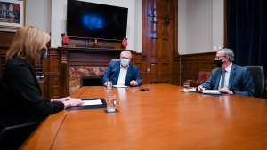 Premier Doug Ford is shown meeting with Health Minister Christine Elliott and Chief Medical Officer of Health Dr. David Williams on Monday. (Twitter/@fordnation)