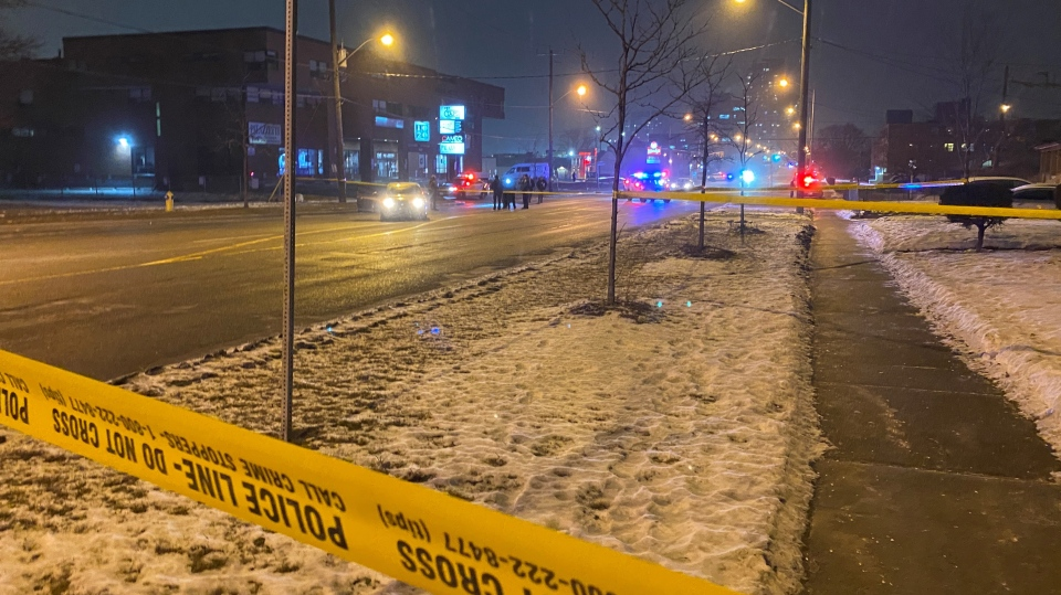 Toronto police investigate a fatal shooting near Lawrence Avenue West and Sage Avenue Monday February 8, 2021. (Peter Muscat)