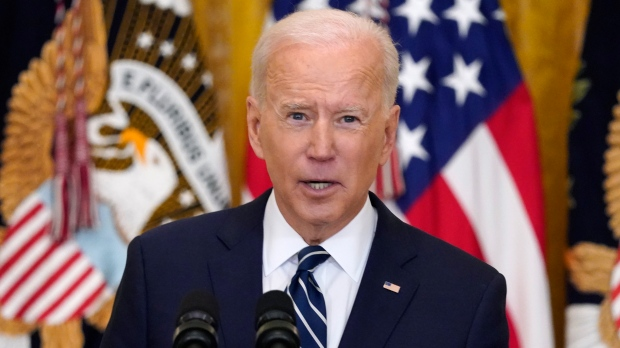 Biden proposes summit, raises Ukraine escalation in call with Putin