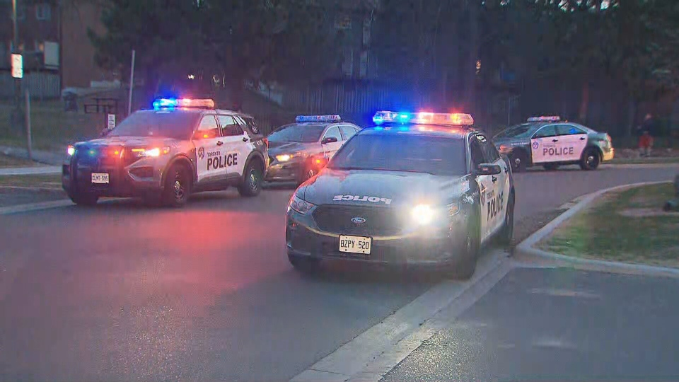 Police are seen investigating after a stabbing in Scarborough on April 8, 2021. (CP24)