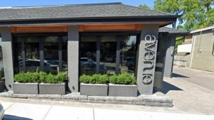 Avenue Cibi e Vini restaurant in Kleinburg is shown in a Google streetview image.
