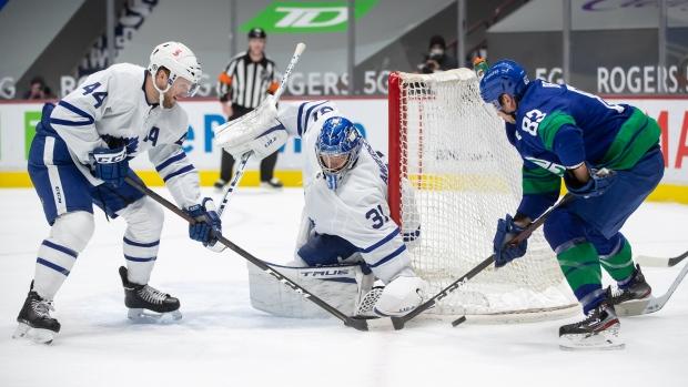Leafs, Canucks