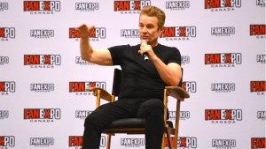 Actor James Marsters speaks with fans at Fan Expo Canada in Toronto Friday October 22, 2021. (Joshua Freeman /CP24)