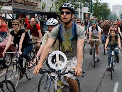 Activists participate in a bicycle rally during the G20 Summit in Toronto Sunday, June 27, 2010. (Darren Calabrese/THE CANADIAN PRESS)